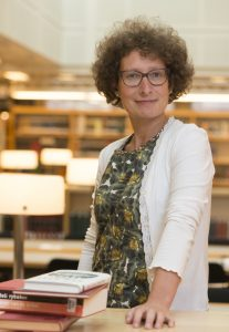 Lily Knibbeler voor het personeelsblad Rotonde nummer 2 jaargang 2015
